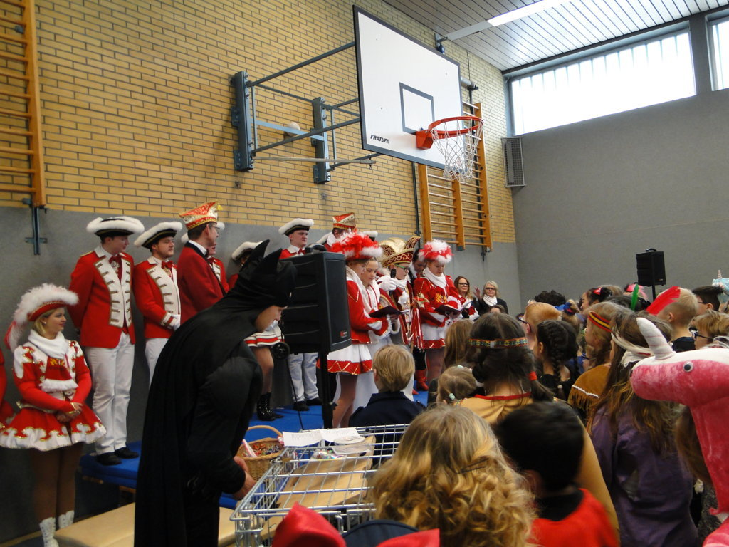 Schulkarneval Eichendorff 2018 (26)