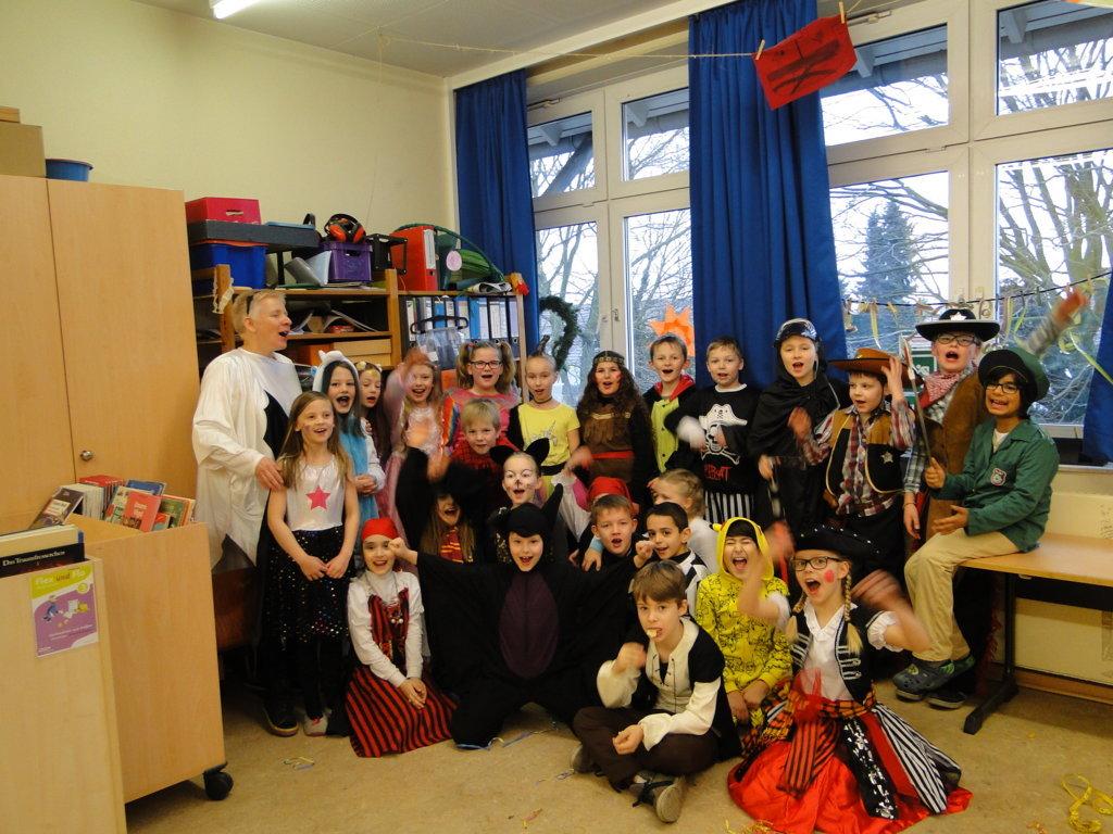 Schulkarneval Eichendorff 2018 (5)